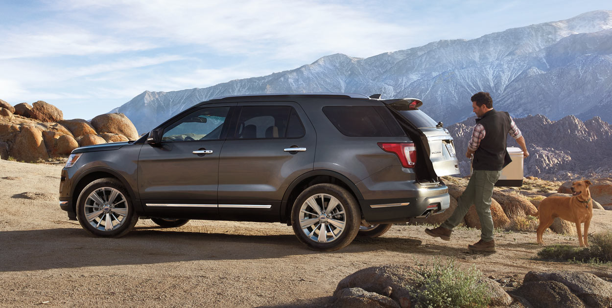 suvs-explorer-gallery-overlay-ext5.jpg